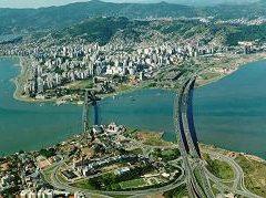Turismo alavanca o aluguel de imóveis em Florianópolis